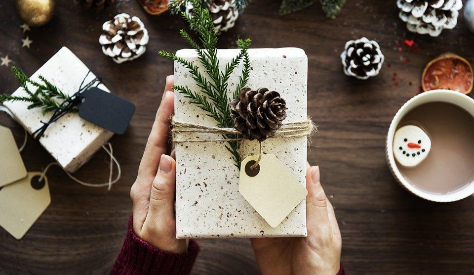 561ab63e30 Vianoce plné odmien - Trew